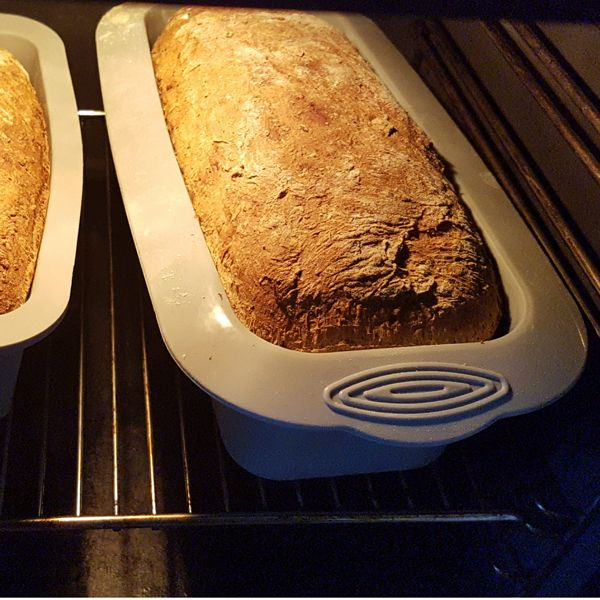 Glutenfreies Brot backen