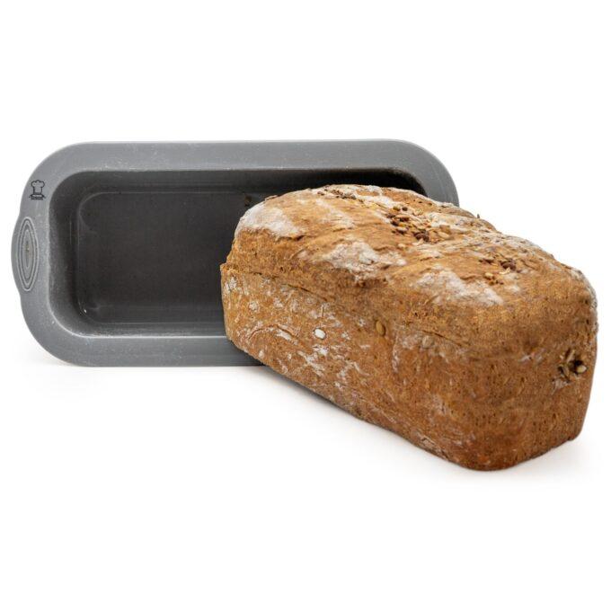 frisches Brot aus der Kastenform