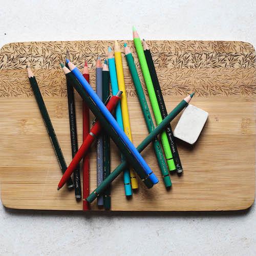 Buntstifte und Bleistifte aus Holz Radiergummi