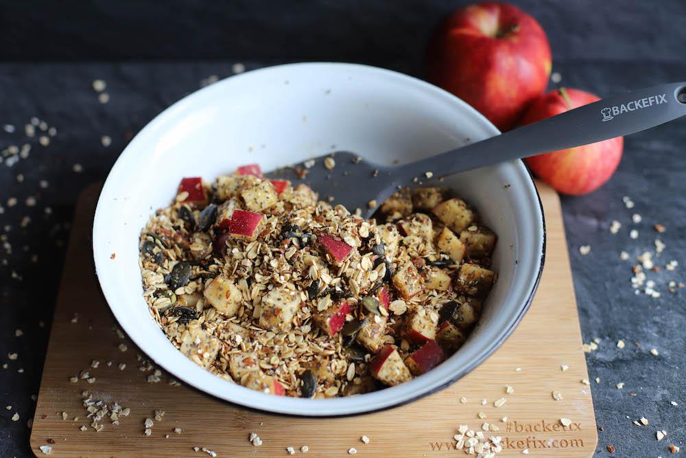 Zutaten von veganem Granola