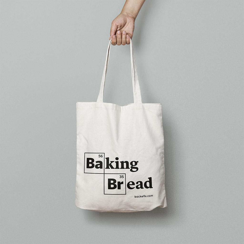 Hand trägt Baumwolltasche Motiv Baking Bread