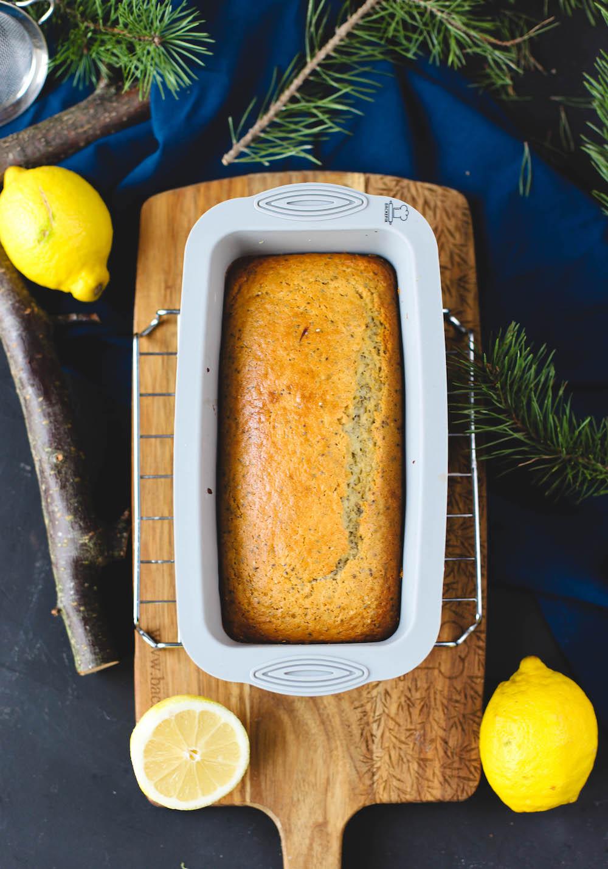 Veganer Zitronenkuchen in Silikonform von Backefix
