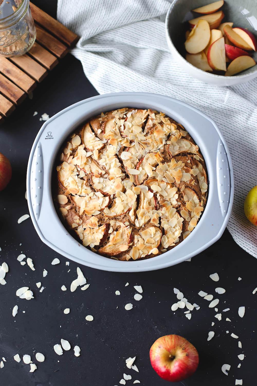 veganer Apfelkuchen in Silikonform von Backefix
